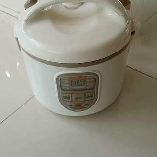 Rice cooker digital