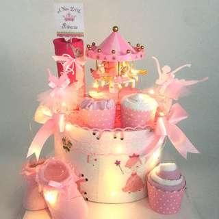 Ready stock! Princess Musical Carousel Diapers Cake
