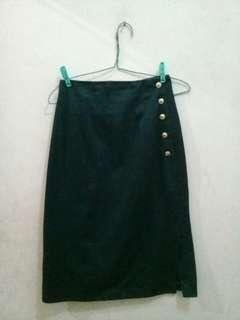 Vintage Slit Button Skirt Green