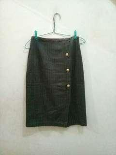 Vintage Slit Button Skirt Brown