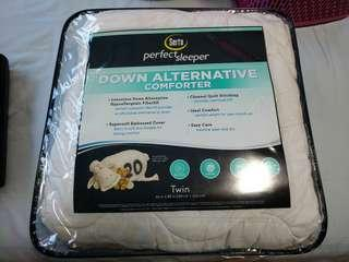 [used] Serta Comforter Down Alternative (168x224cm)
