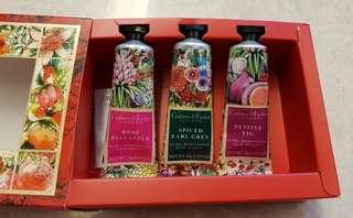 BNIB Crabtree & Evelyn Hand Therapy