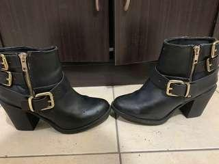 H&M leather buckle Boots