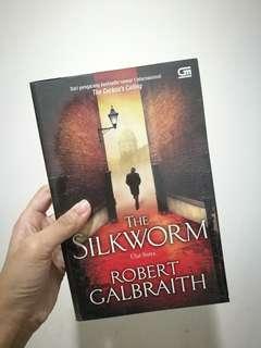 The Silkworm / Robert Galbraith / Paperback / Bahasa Indonesia