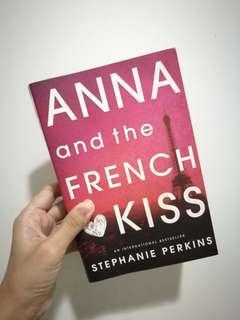 Anna And The French Kiss / Stephanie Perkins