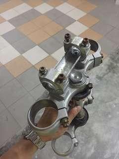 Ktm triple clamp WP 48 inverted fork