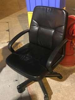 辦公室真皮椅