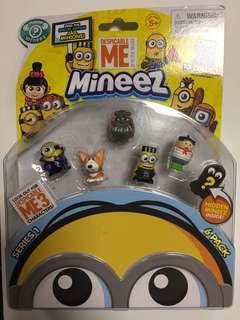 Minions & Minnie Mouse