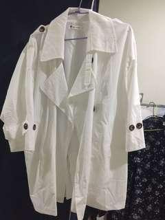 🚚 韓國白色棉麻寬鬆風衣 垂墜式