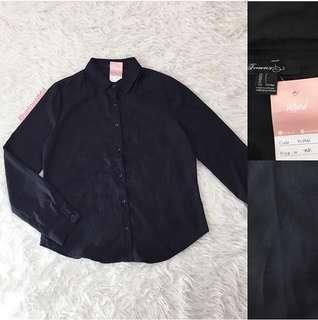 VL6941 Forever21 black button shirt sleeve top