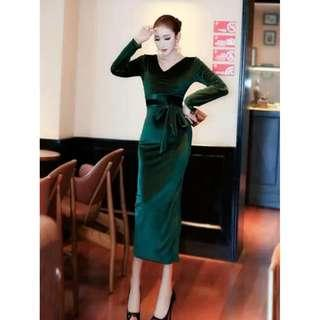 Ready stock  Green velvet long sleeve slit bodycon office OL formal dress
