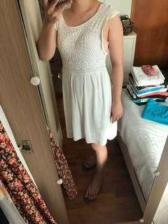 Billabong crochet dress