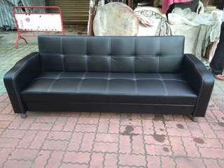 全新3人座皮沙發204*70公分.物品在台南市南區