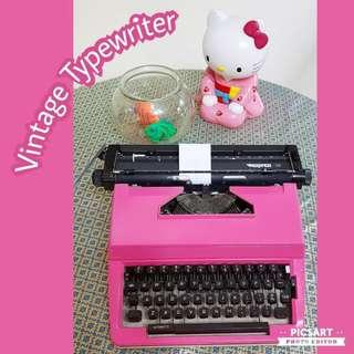Vintage Pink Typewriter, Good Working Condition, you might need to get new ink in case of serious typing. $80 Special Offer! whatsapp 96337309.