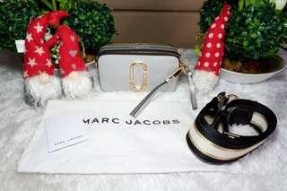 BRAND NEW AUTHENTIC MARC JACOBS SNAPSHOT  GRAY