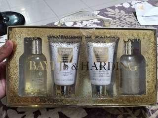 Baylis & Harding 4 in one SET