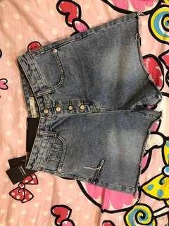 [全新]牛仔短褲 便宜賣