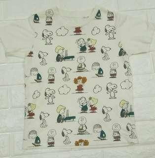 Snoopy Tshirt UNIQLO KIDS