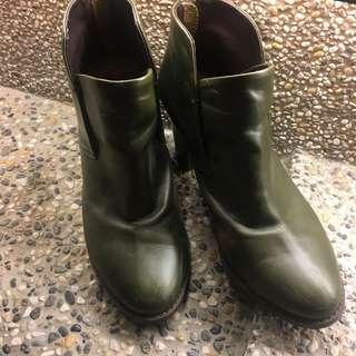 二手 正韓 Nude 小安實體店面購入 粗跟短靴