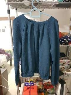 🚚 forever21 deep blue top