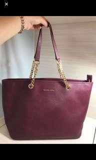 Michael Kors bag (100%authentic 85%new)