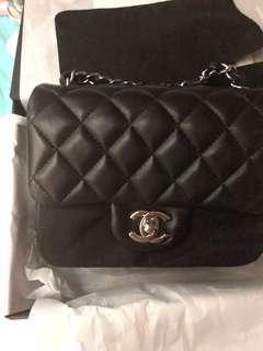 Chanel Classic square mini 17cm 黑色羊皮