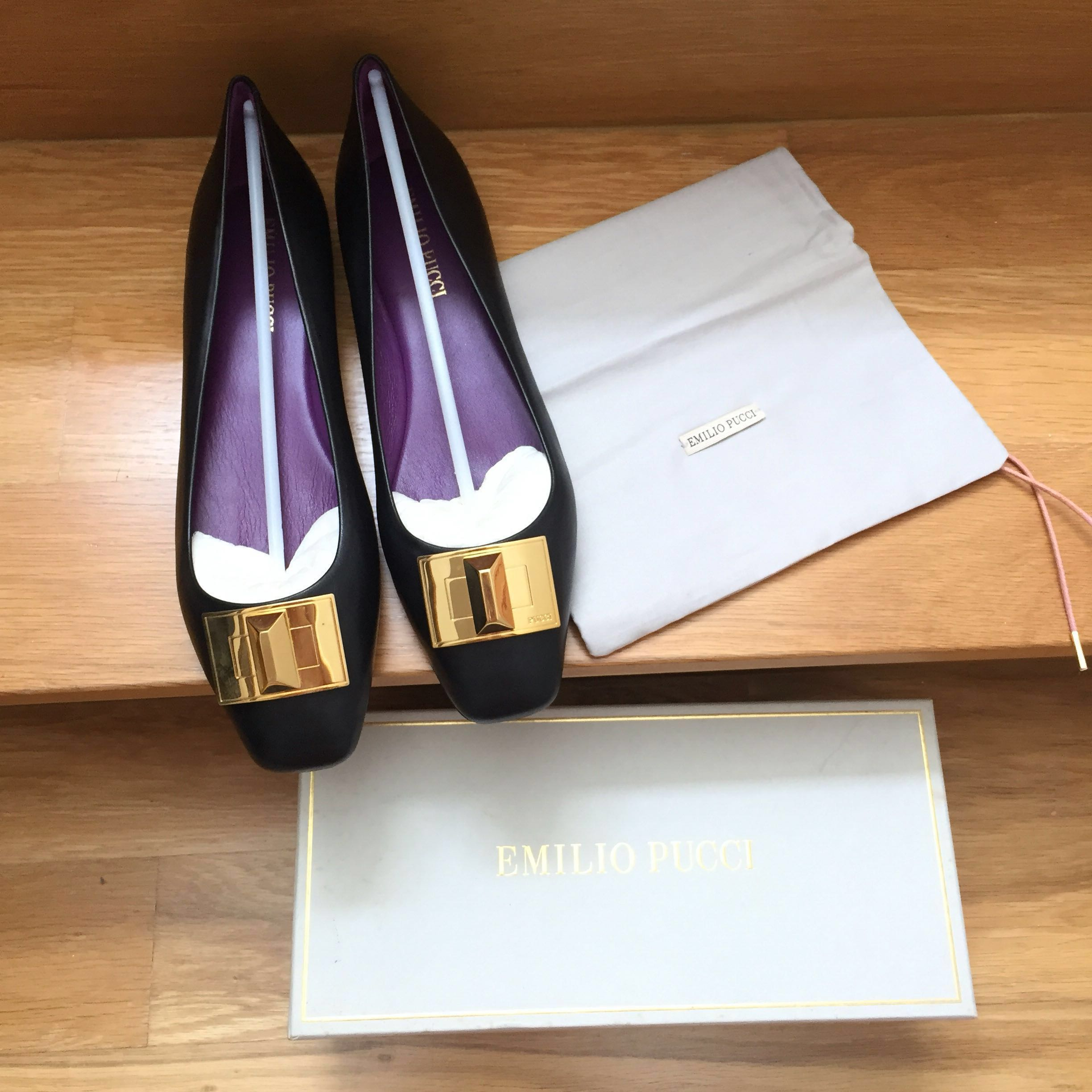 b4f939dc Emilio Pucci Flats (Brand New), Luxury, Shoes on Carousell