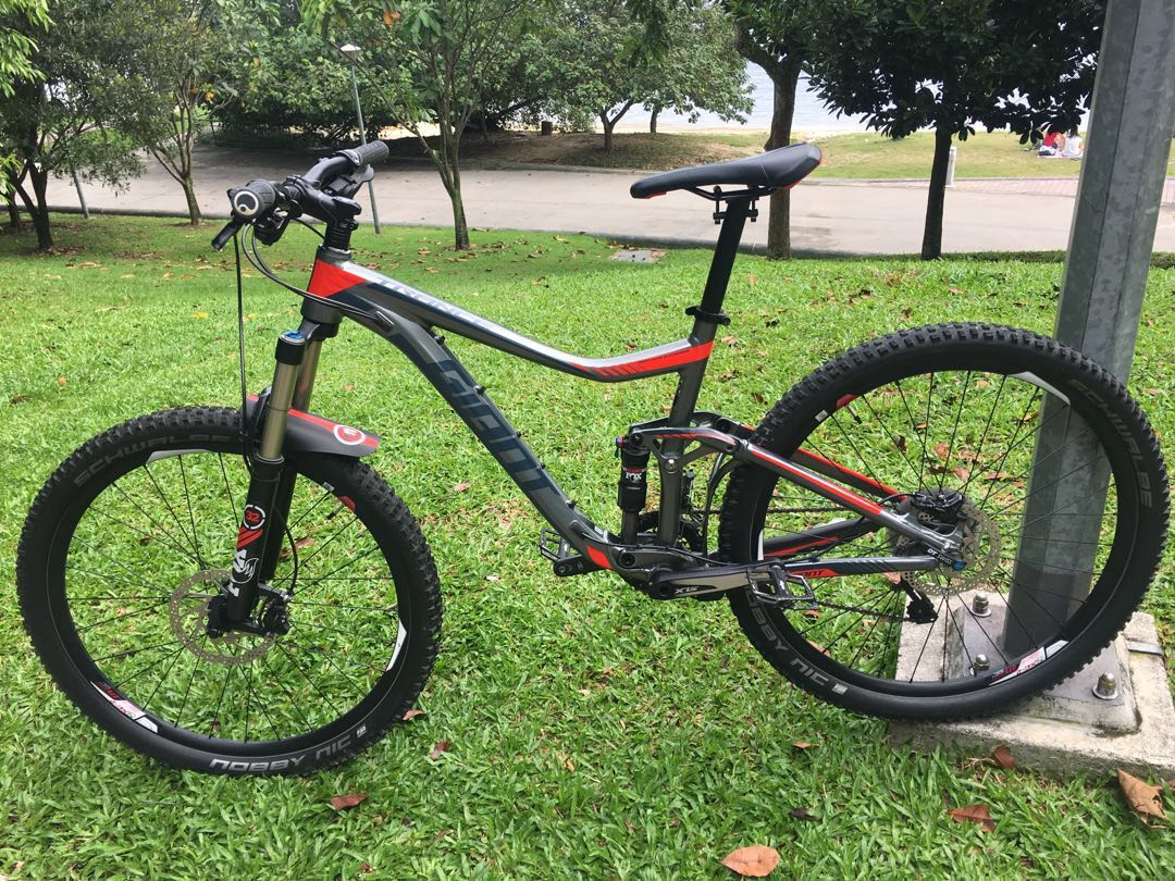 6a42517cbc3 Giant Trance 2 27.5 2016, Bicycles & PMDs, Bicycles, Mountain Bikes on  Carousell