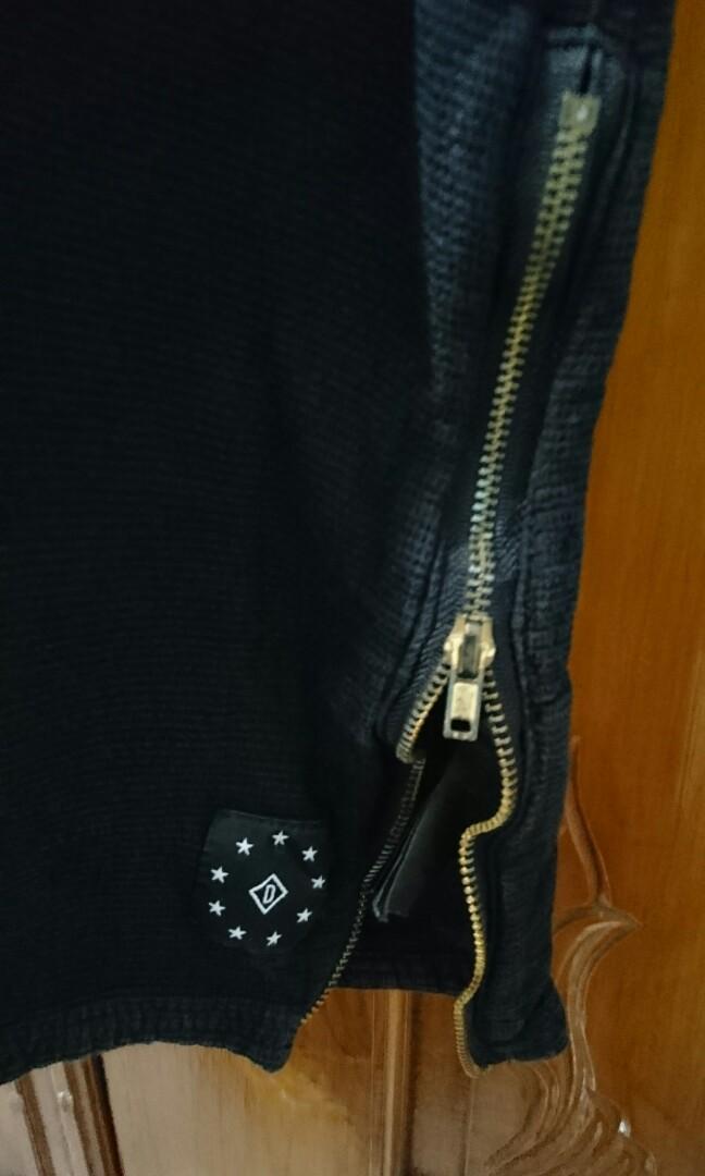 H&M hype t'shirt