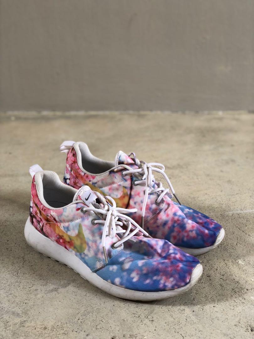 e52dc24e9d0e Nike Roshe One Cherry Blossom Limited Edition Shoes