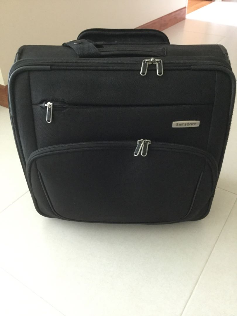 20af4fa9dc951c Samsonite Pilot Nav Bag/ Business bag, Travel, Travel Essentials, Luggage  on Carousell