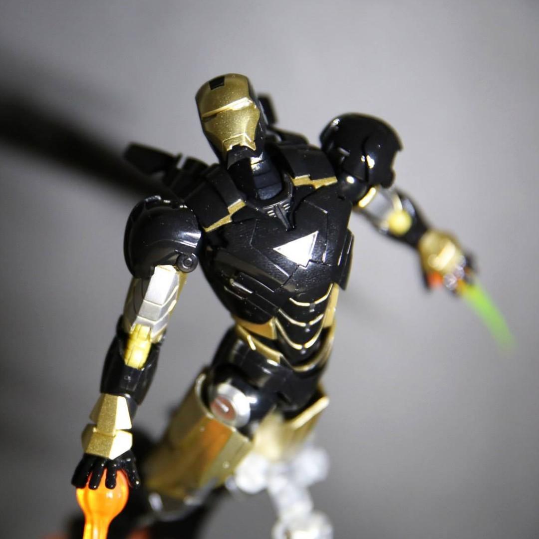 SHF Figuarts Iron Man Mark VI 6 Black colour version Tamashi Nations 2013