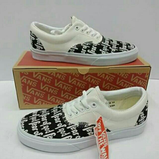 5230e924940 Vans Fear of god Men shoes Size 5.0 us to size 10 us