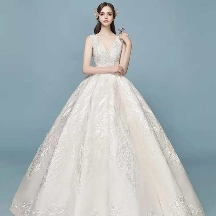 8edcbbd36 Wedding Gown 2019 V Neck Off White Princess Aline
