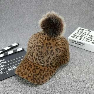 🚚 咖啡色帽子(現貨1個)