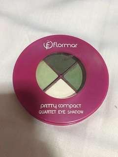 Flormar green eyeshadow