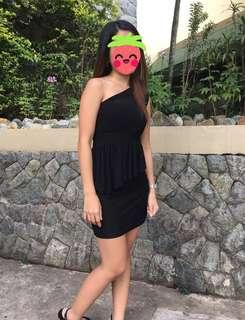 Elegant venus cut dress