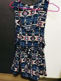 🚚 超美圖騰滑料洋裝