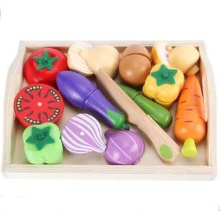 *In Stock* BN Wooden Magnetic Vegetables Cutting Foods Assorted Vege Kitchen Play Set w/ Tray