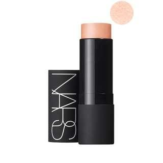 PO Nars Illuminating Multiple HOT SAND