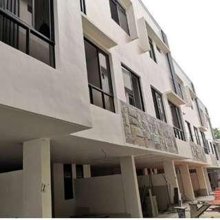 Townhouse For Sale in Don Antonio Quezon City