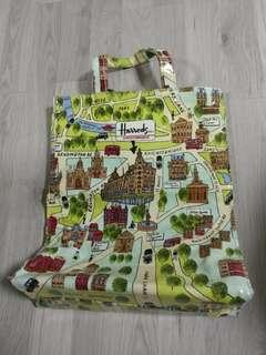 Authentic Preloved Harrods Knightsbridge A4 Tote Bag @ $10. Only!!! In good condition.