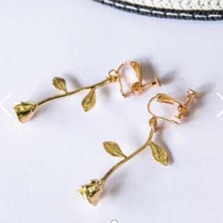🚚 NU-美女與野獸金色玫瑰夾式耳環-無耳洞女孩