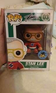 Funko Pop Marvel Super Hero Red Stan Lee The Man Comikaze convention exclusive with pop protector ( Superman )
