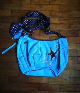 GROOVY shoulder bag with small pouch