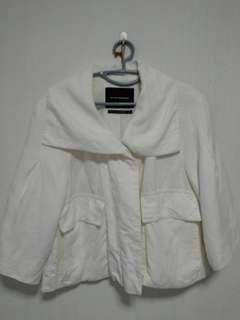 Club Monaco outer coat in white