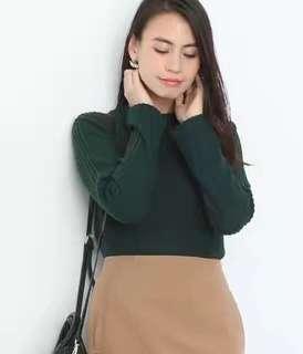 日單氣質墨綠色小高領絨毛上衣
