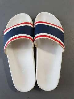 Used slippers flip flop