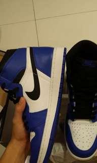 d767c28a56b7 Nike Air Jordan 1 Retro High Game Royal