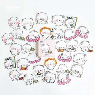 🚚 [In stock] 45 pcs Chubby Kitty stickers in a box